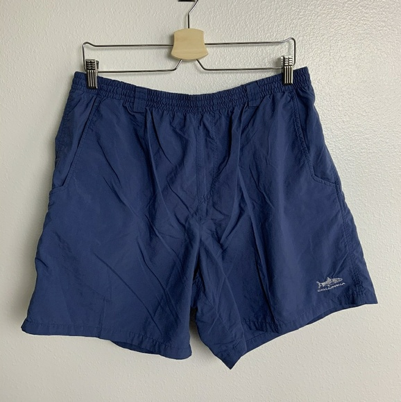 NEW WITH TAGS TAN OMNI-SHADE LARGE! COLUMBIA MEN/'S SHORTS FLATWATER RUN